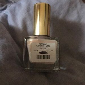 Urban outfitters nails polish. New